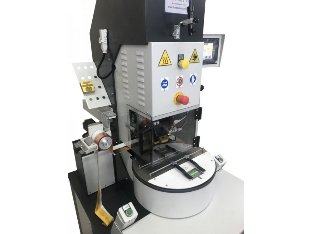 INSOLE EMBOSSING MACHINE